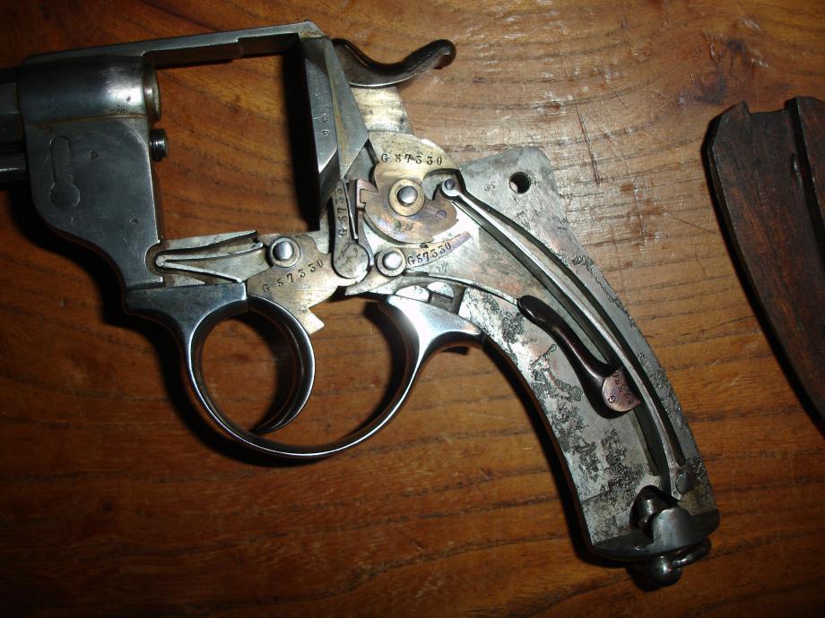 Revolver 1873 G 57330 avec X ajouté