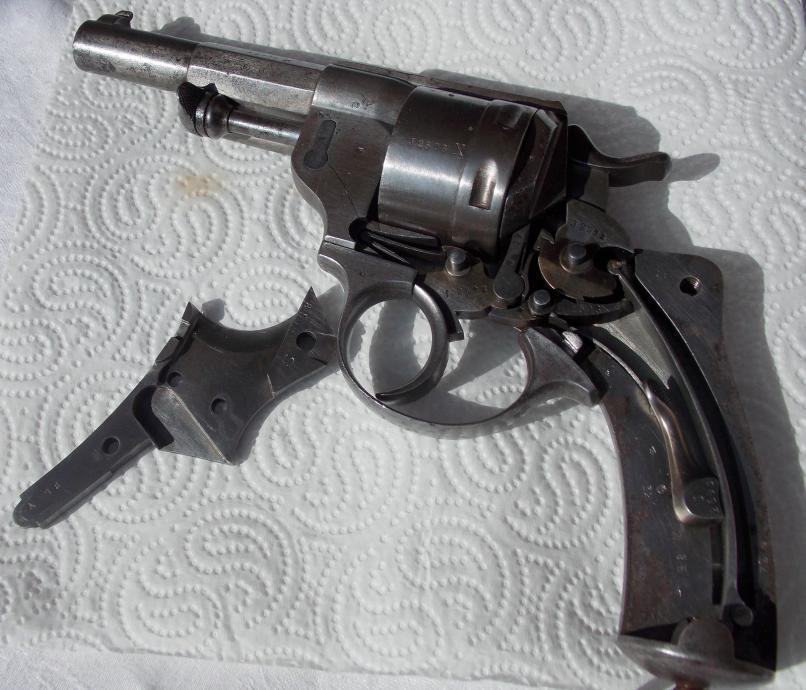 Revolver 1873 J 2598 avec X ajouté