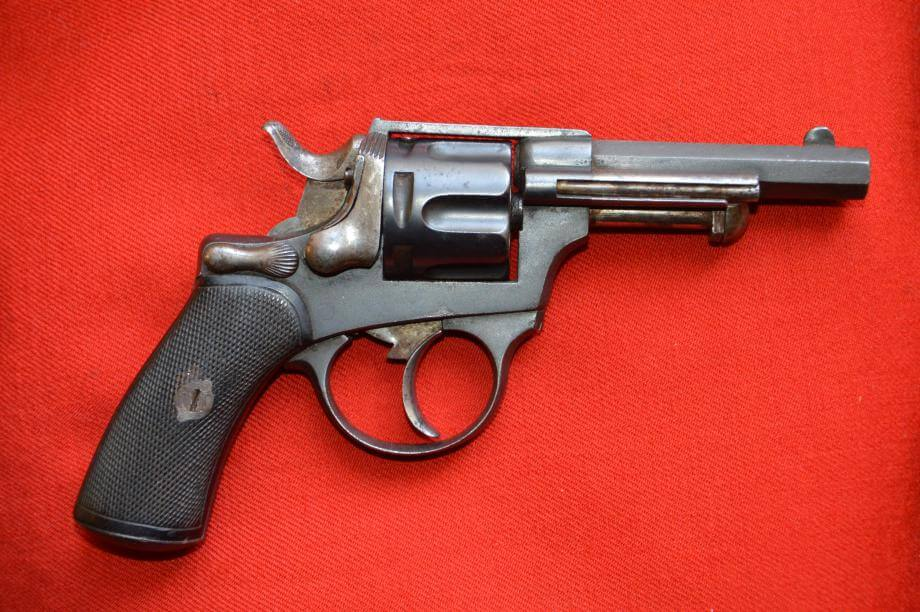 Revolver 1874 civil en calibre 320, fabrication Chamelot et Delvigne, vue de droite