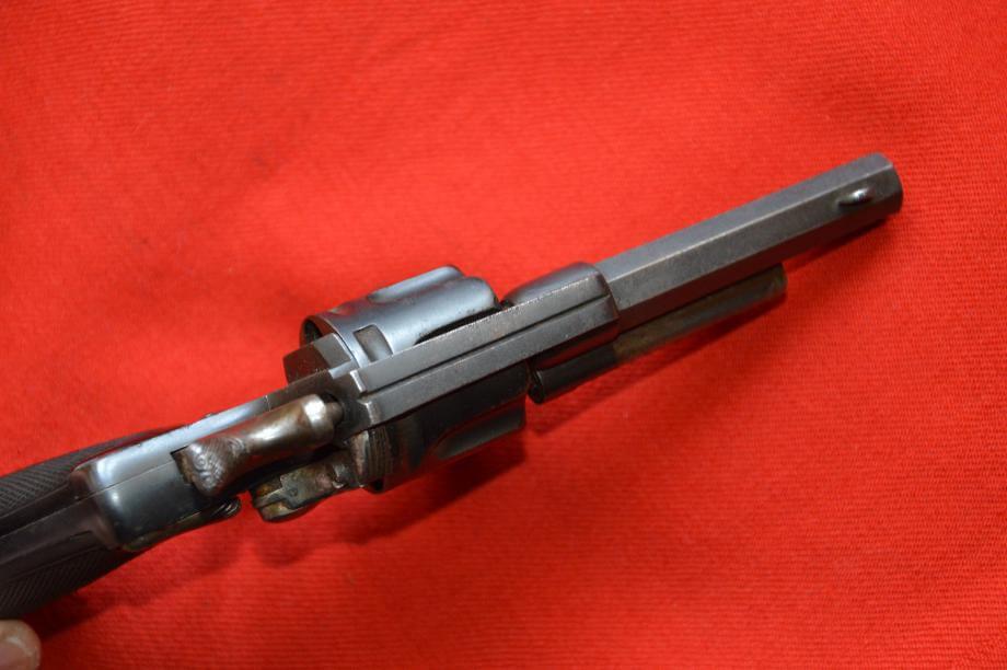 Revolver 1874 civil en calibre 320, fabrication Chamelot et Delvigne, vue de dessus