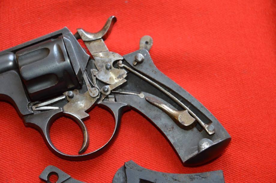 Revolver 1874 civil en calibre 320, fabrication Chamelot et Delvigne, vue du mécanisme