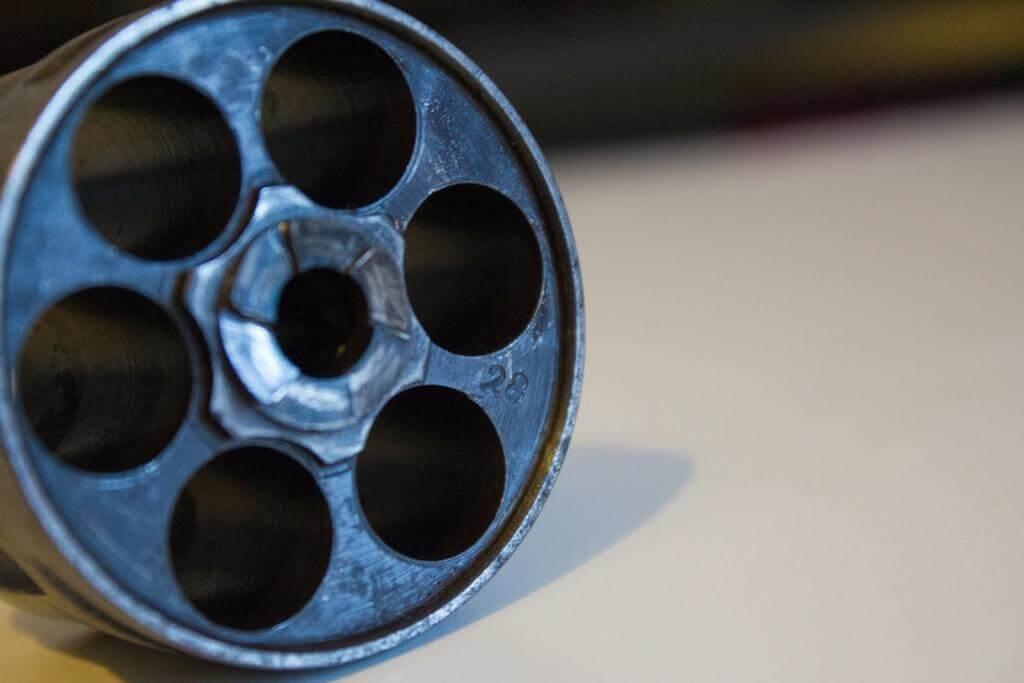 Revolver mle 1874 civil, fabrication belge Chamelot et Delvigne: numéro d'atelier sur le barillet