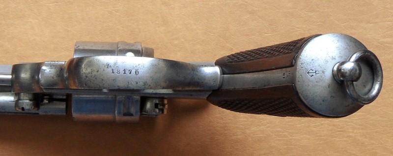 Ancre de calotte sur le revolver mle 1873 de marine