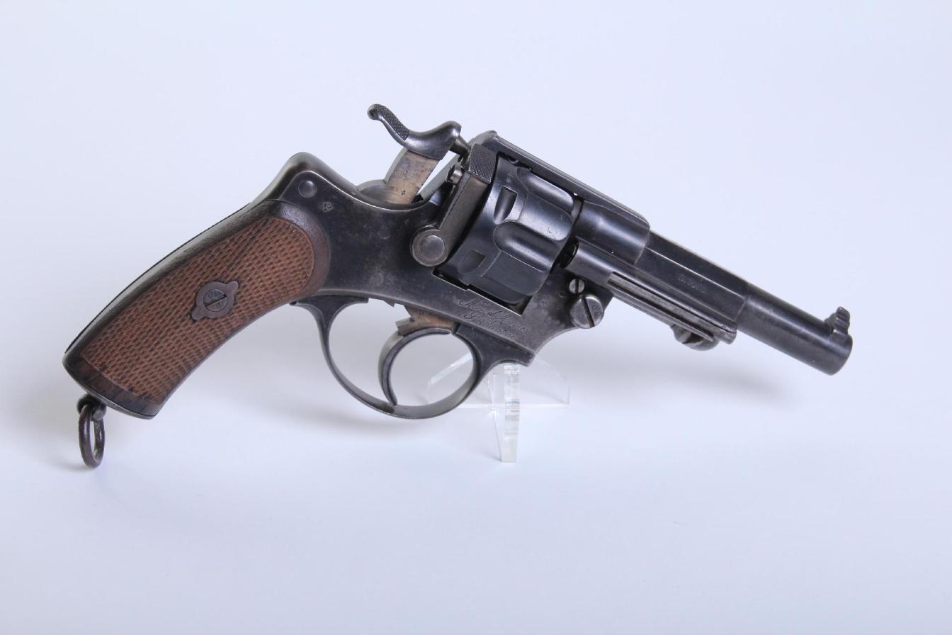 revolver d'ordonnance modèle 1874