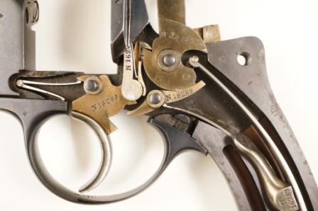 revolver 1874 ouvert mécanique