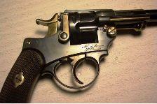 Le revolver d'officier français modèle 1874