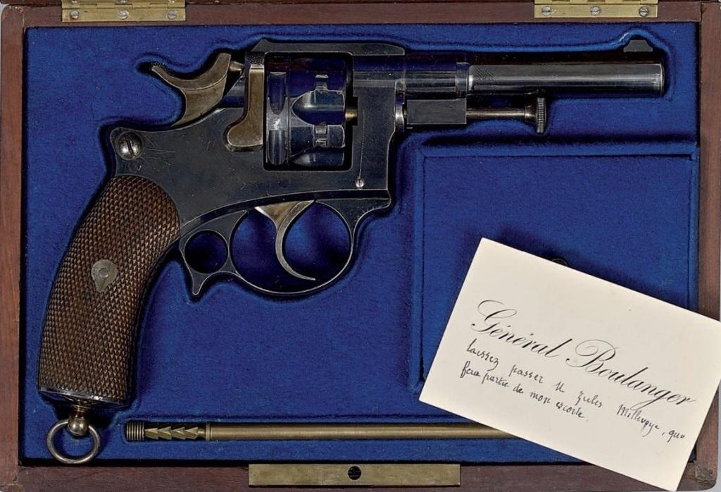 Revolver modèle 1885 du Général Boulanger
