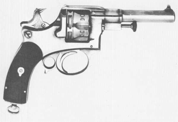Revolver d'ordonnance modèle 1885