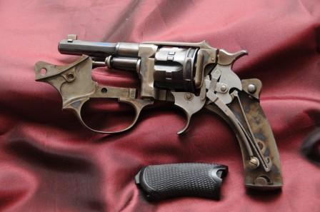 Revolver 1887 - 1889/90 Lamure et Gidrol ouvert