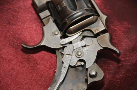 Revolver 1887 - 1889/90 Lamure et Gidrol: mécanisme et pièces internes bouchonnées