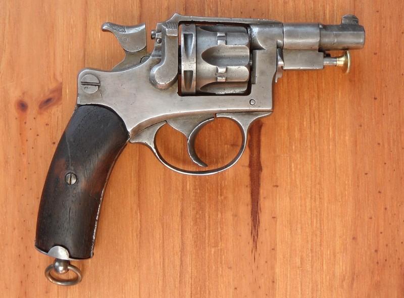 Revolver 1889/90 à canon court