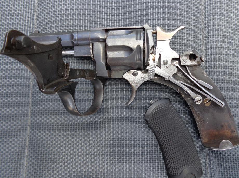 Revolver 1889/90 calibre 320, mécanisme