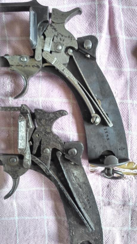 Comparaison mécanismes revolvers mle 1887 et 1892 civils