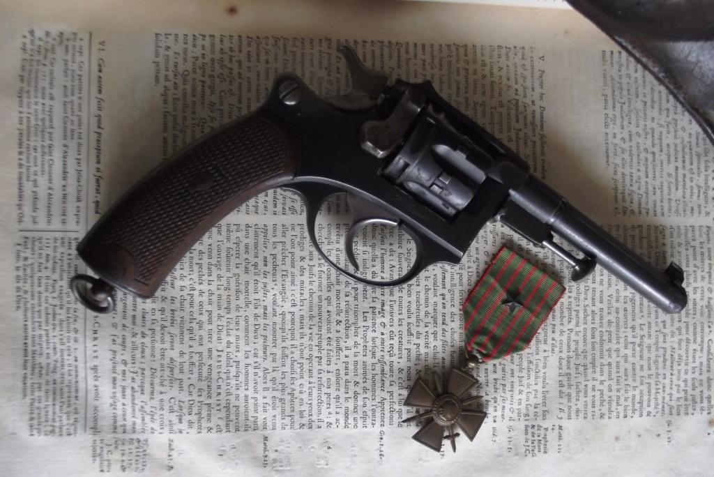 Revolver 1887 1889/90 civil de Saint Etienne
