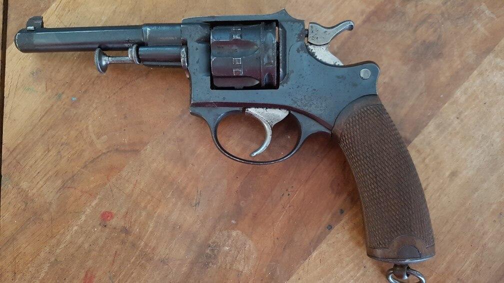 revolver modèle 1887 du commerce