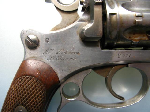 Revolver d'ordonnance modèle 1887 contrat militaire, marquage de la manufacture de Saint Etienne