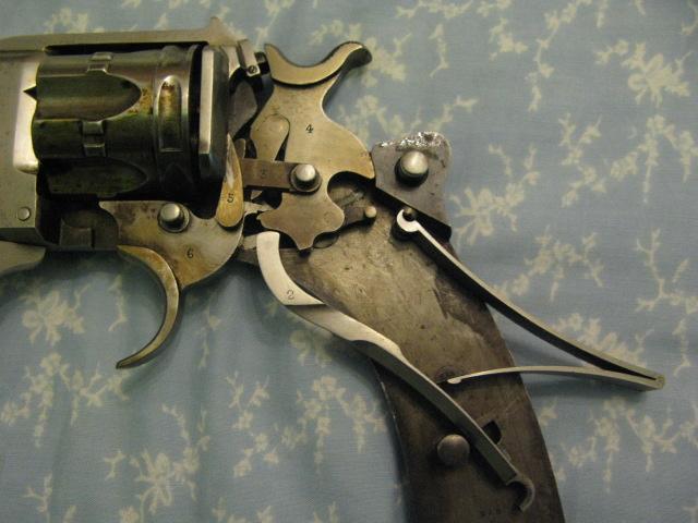 Revolver d'ordonnance modèle 1887 contrat militaire, détail du mécanisme