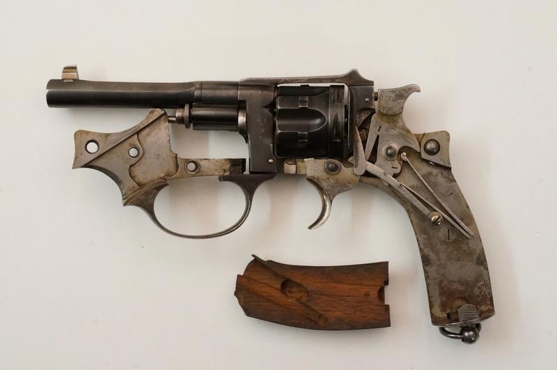 Revolver modèle 1887 de fabrication civile (Belgique): détail du mécanisme