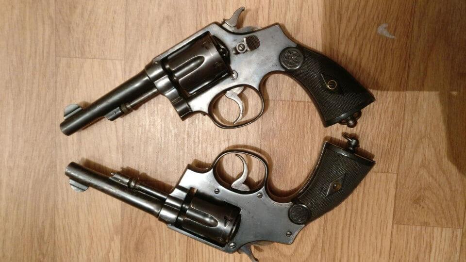 Comparaison revolvers du commerce en 8mm92 Orbea