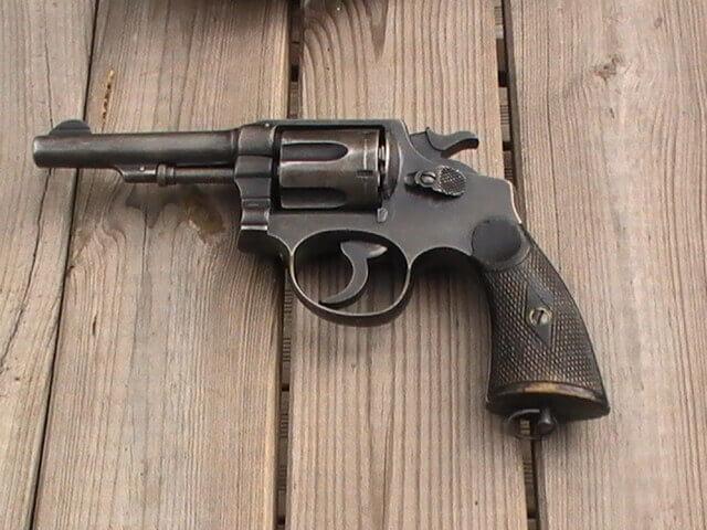 Revolver 8mm Hermanos Orbea Espagnol.