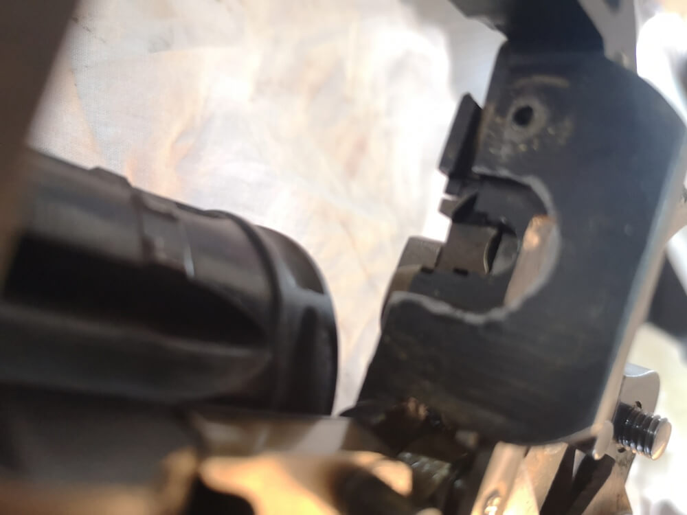 Revolver 1892 MAS Offert par le Ministère de la Guerre: bouclier
