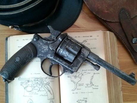Revolver d'ordonnance mle 1892 civil Lamure & Gidrol, pour la Manufacture d'Armes de Saint Etienne, fabrication d'avant 1896