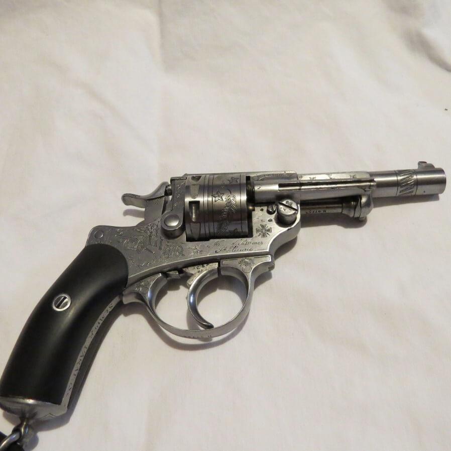 Revolver modèle 1873 gravé 1914 - 1918