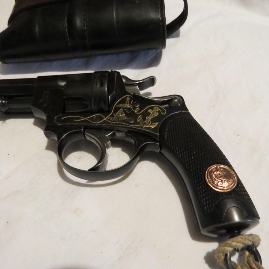 Revolver 1874 teufel à Oran gravé
