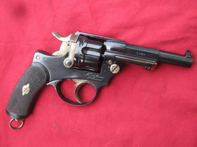 Revolver modèle 1874 utilisé par la police supplétive de Dakar