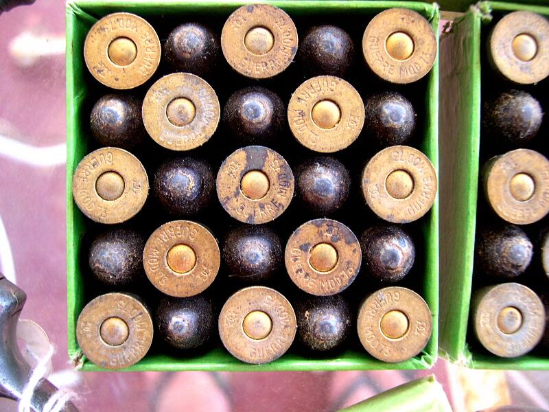 boîte de 25 cartouches revolver de l'armée modèle 1873, Manufacture Française d'Armes et Cycles de Sait Etienne, Cartouches Gévelot et Gaupillat: disposition des cartouches