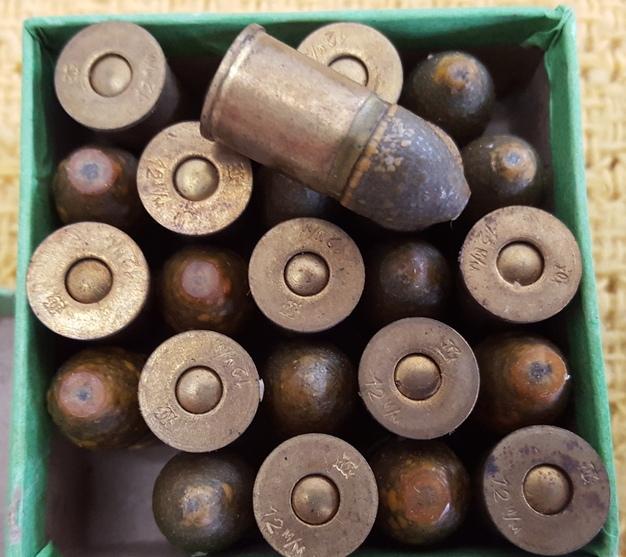 Paquet de cartouches 12 mm 73 pour le revolver mle 1873 de marine