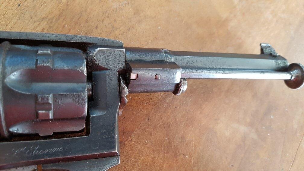 démontage Revolver modèle 1887: faire pivoter la baguette jusqu'au blocage