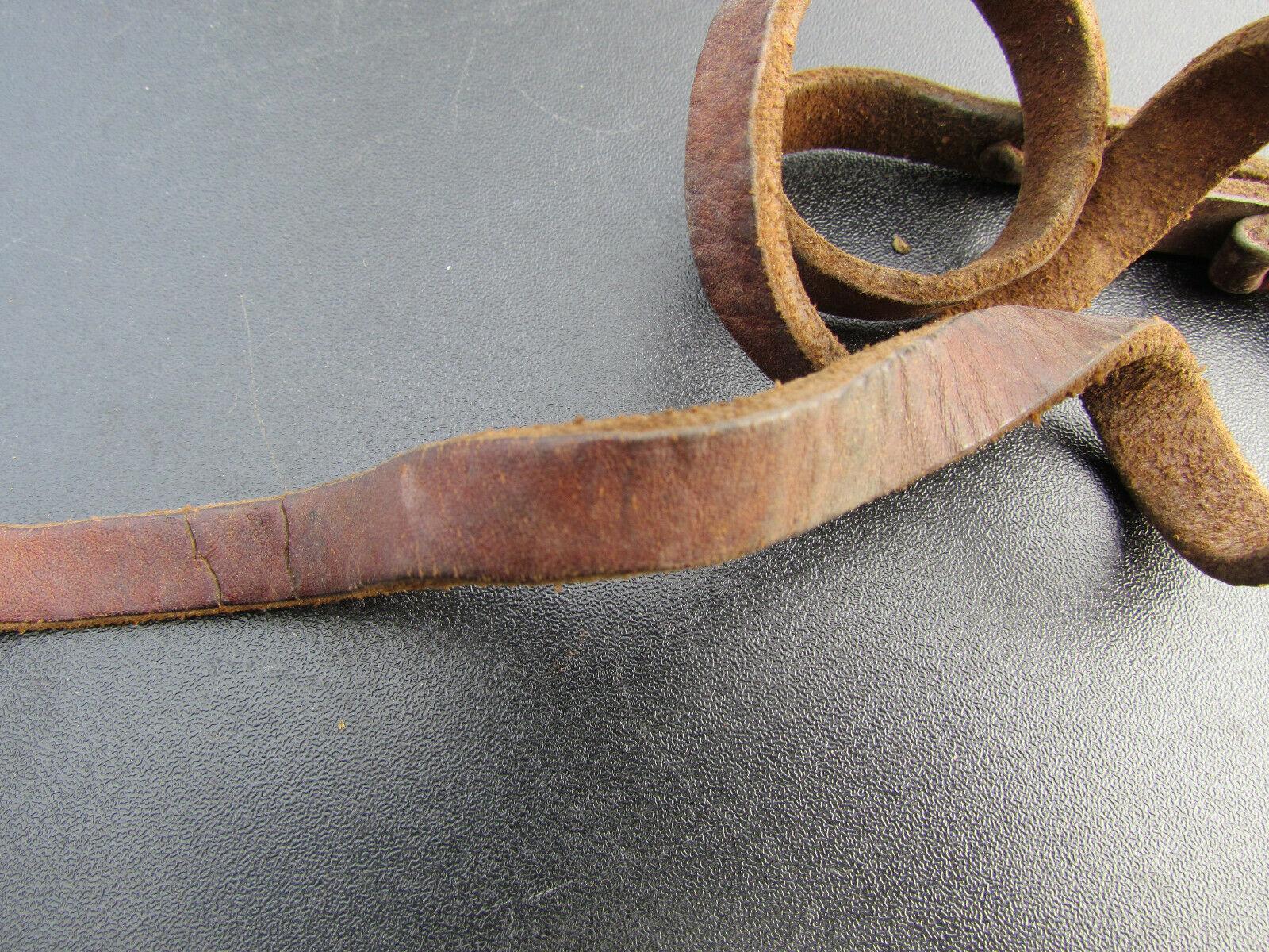 Dragonne en cuir fauve revolver modèle 1873