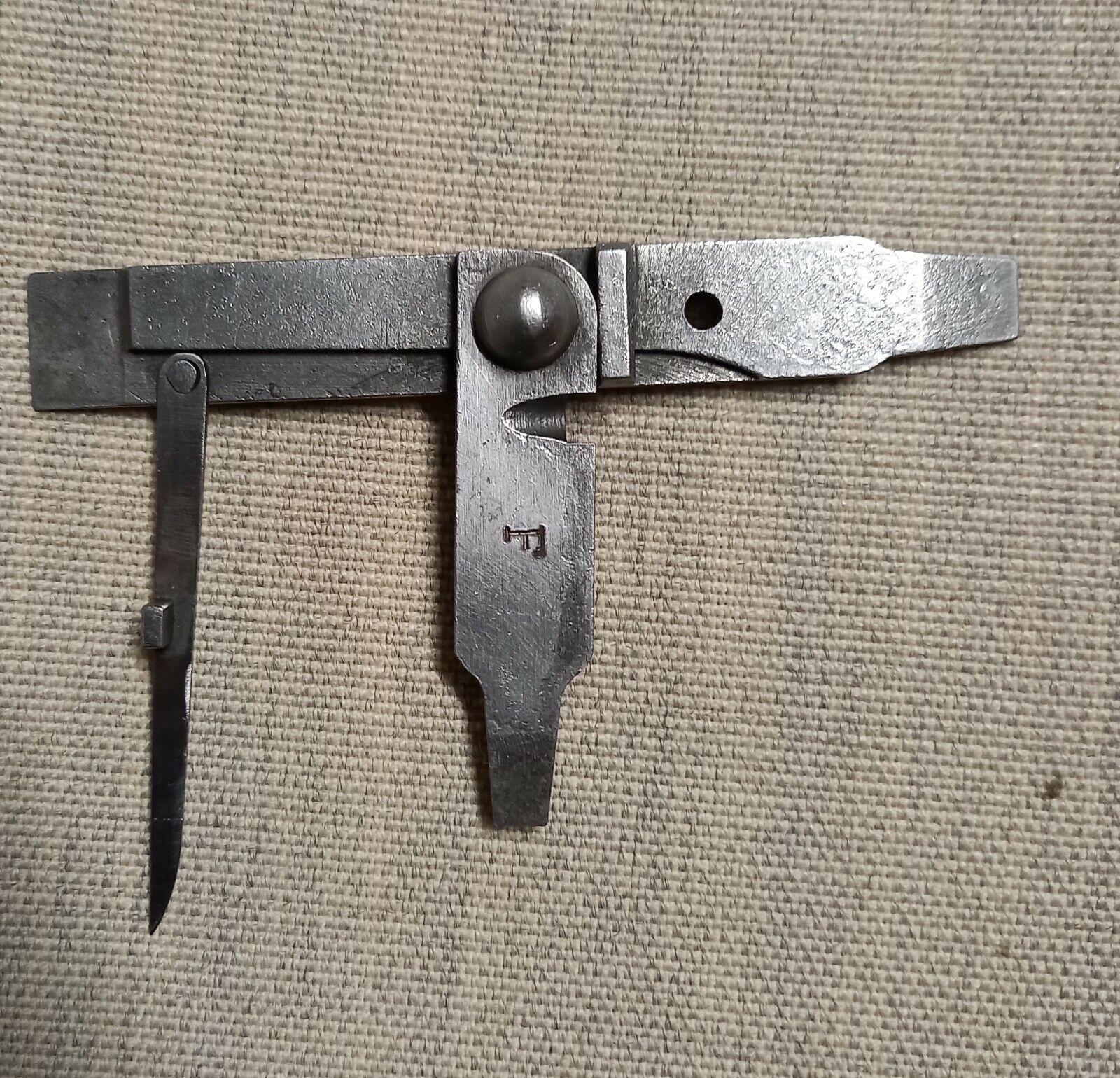 Tournevis mixte modèle 1898 pour revolver 1892