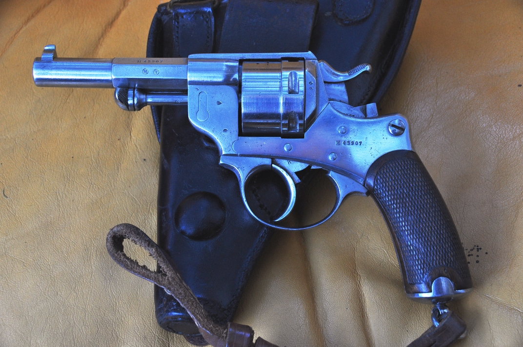 Revolver modèle 1873 avec dragonne et étui jambon