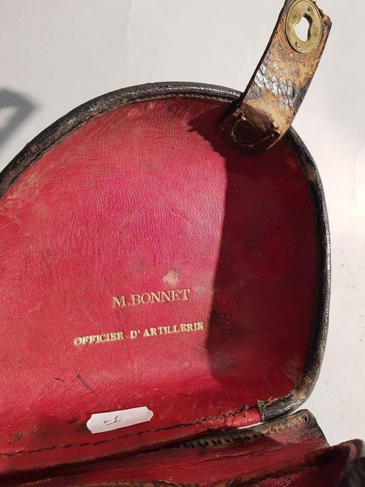 étui jambon avec doublure en cuir rouge M. Bonnet officier d'Artillerie