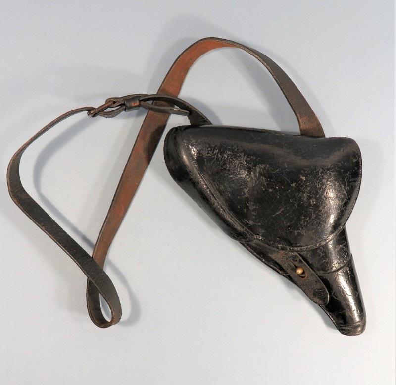 étui précoce pour revolver modèle 1873