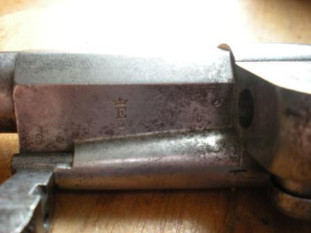 Marquage E couronné de la manufacture de Saint Etienne revolver 1873
