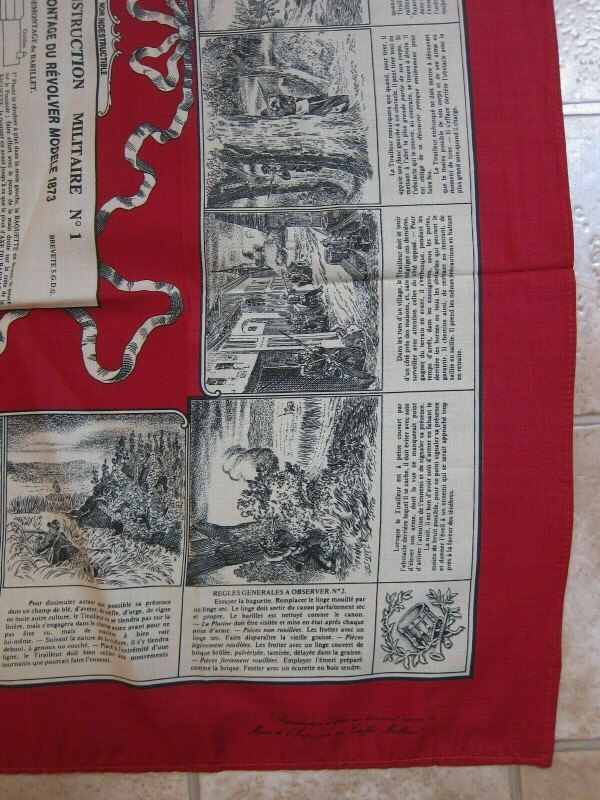 Marquage du musée des impressions de Mulhouse, dans le coin supérieur droit (dans la partie rouge)