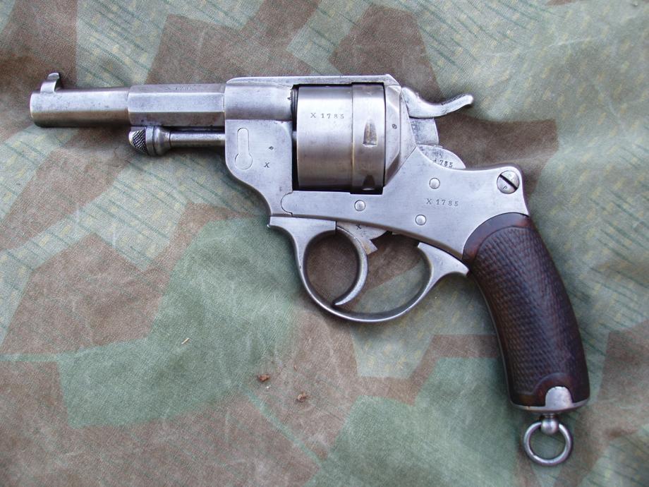 Revolver 1873 de la série X, vu de gauche
